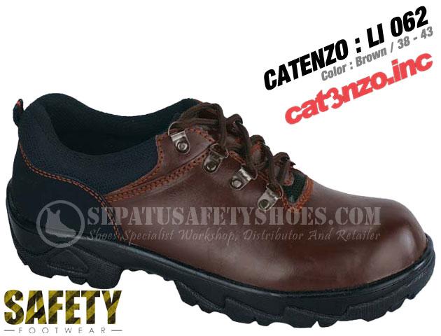 CATENZO-LI-062-Sepatu-Safety