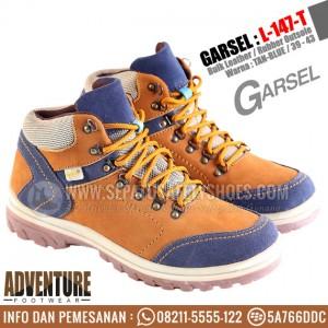 GARSEL-L-147-T-Sepatu-Gunung