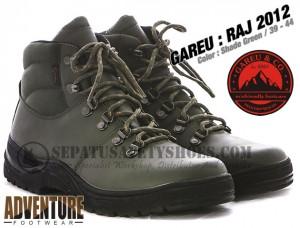 Sepatu-Gunung-GAREU-RAJ-2012