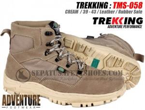 Sepatu-Gunung-TREKKING-TMS-058
