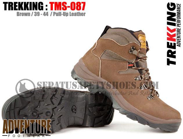 TREKKING-TMS-087-Sepatu-Gunung